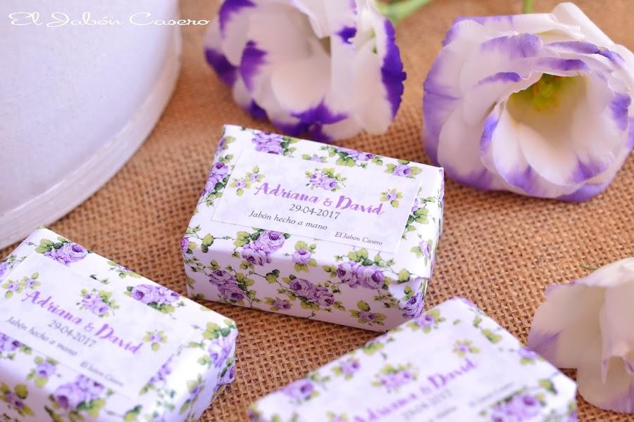 Detalles para bodas lotes personalizados de jabon y balsamo