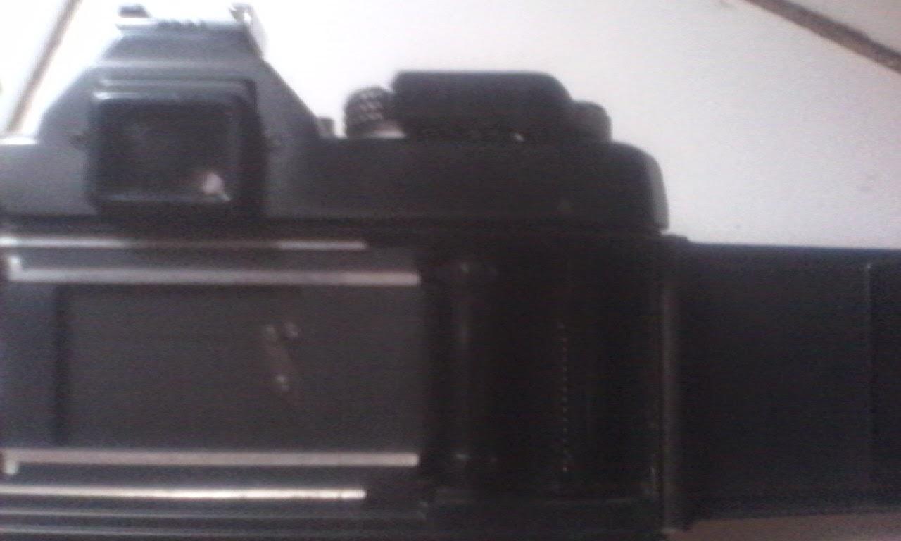 Yashica FX-3 super 2000 dalam