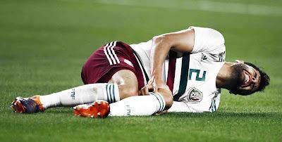 Futbolistas cuidan lesiones así