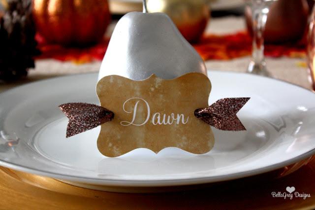 Fall dinner party ideas using metallics by Bella Grey Designs via www.ablissfulnest.com.