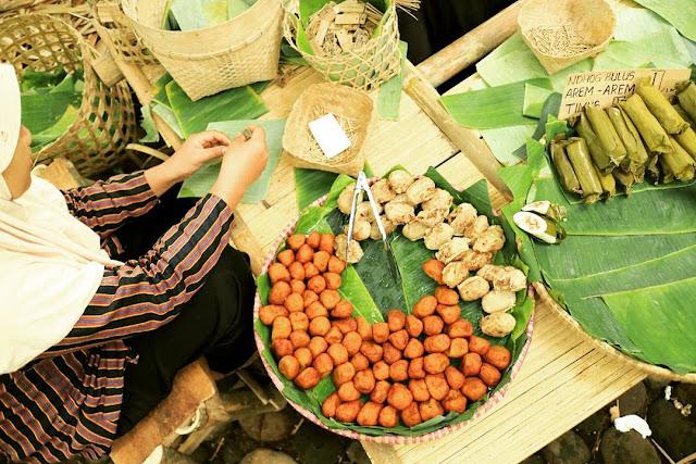 Pasar Papringan Ngadiprono Temanggung, Pasar Unik di Hutan Bambu