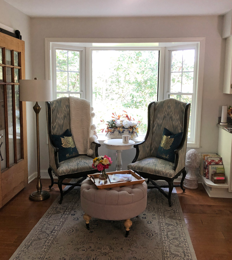 sitting area with bay window