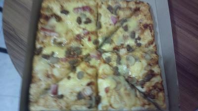 Pizza Pedrico's 4 Pizza in a Box