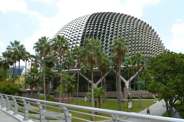 Bdynek w kształcie duriana