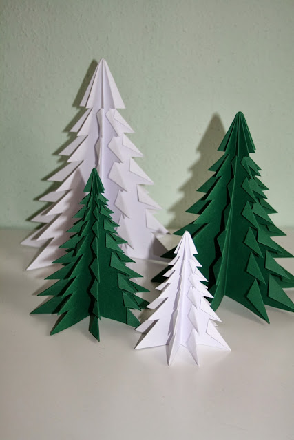die landgr fin diy origami weihnachtsbaum. Black Bedroom Furniture Sets. Home Design Ideas