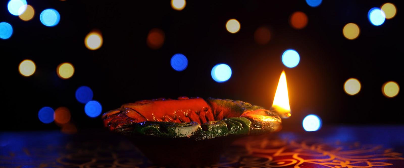 Happy Diwali Diyas