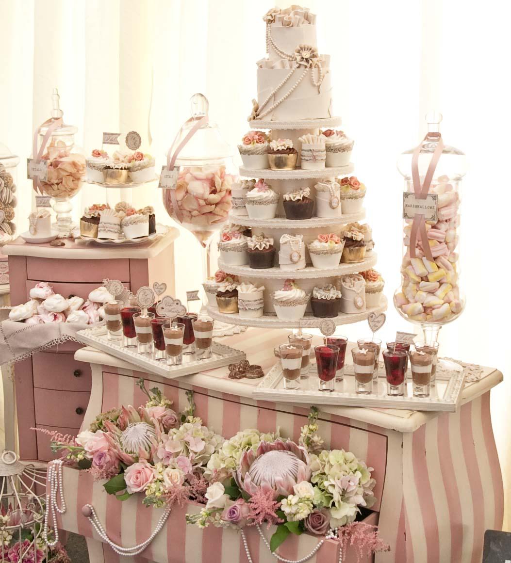 Candy Table Wedding Ideas: Candies Carts, Vintage Wedding Cake, Wedding Invitations