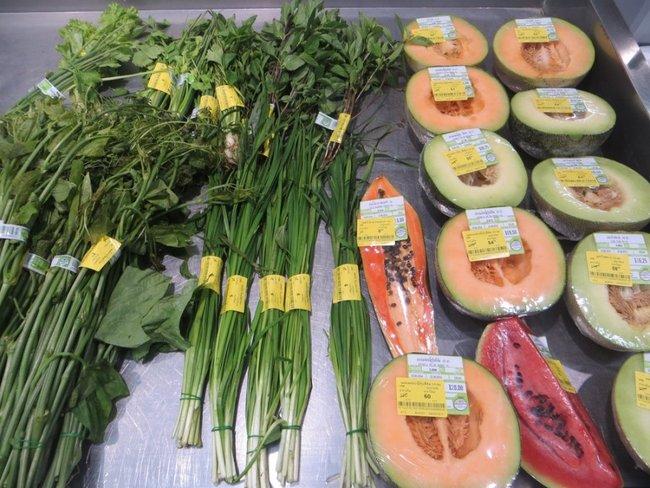 Зелень и дыни, арбуз, папайя