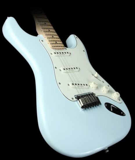 Đàn Guitar Điện Squier Deluxe Stratocaster