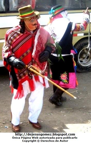 Foto del Boliviano o Jamille en Santa Cruz de Andamarca (Personaje de la Tunantada) por Jesus Gómez