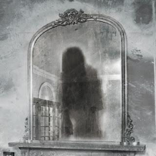 Resultado de imagen de fantasmas espectros lugares horror espejos