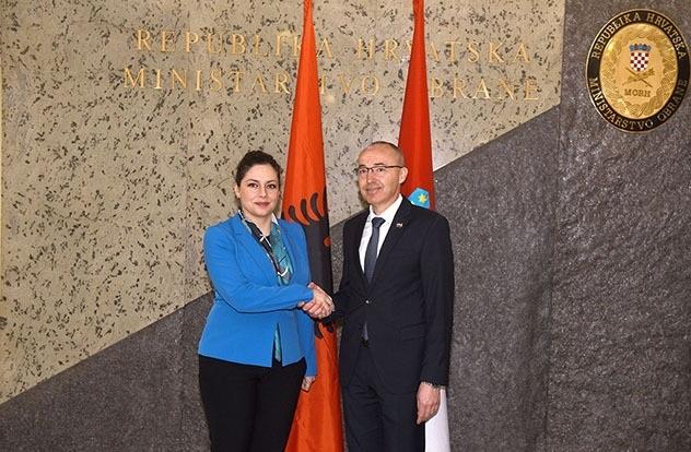 Olta Xhaçka and Damir Krstičević