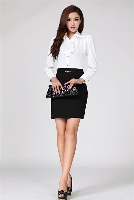 Model Rok Pendek Casual Wanita Kerja