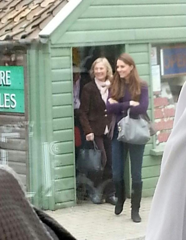Duchess Kate Kate Loves Life At Anmer Hall
