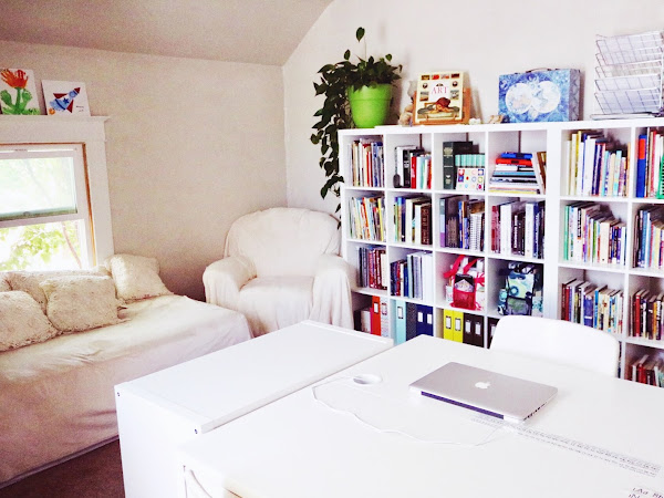 Our Homeschool Home | We rearrange the whole house and turn a bedroom into a school room.