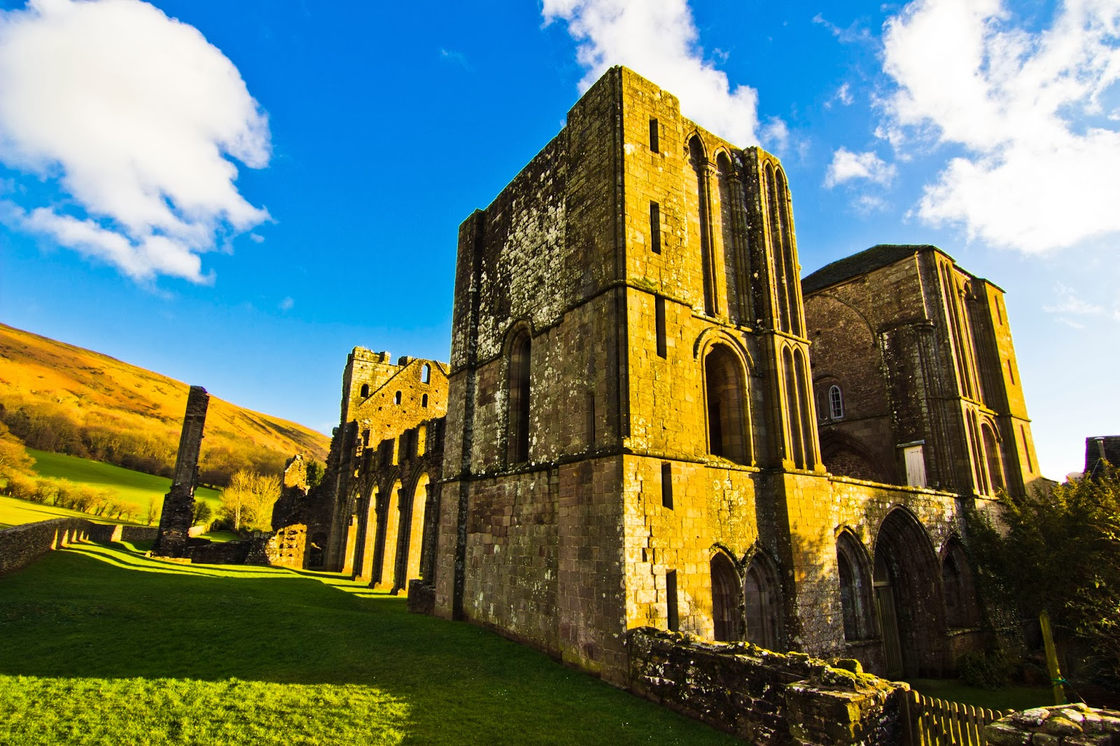 Llanthony Priory, Vale of Ewyas (Black Mountains)
