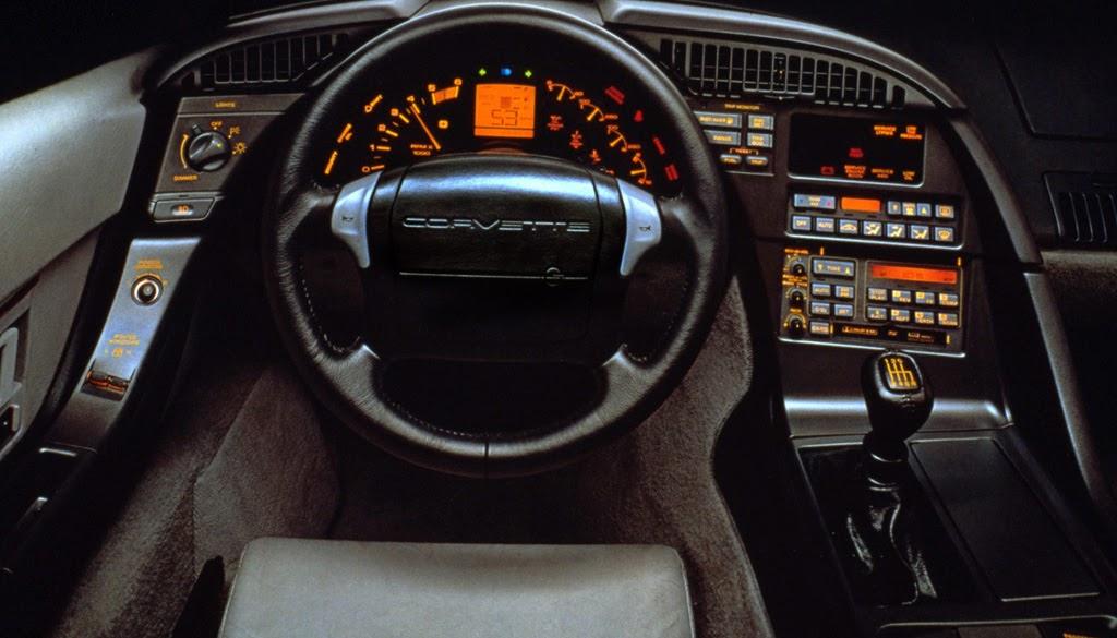 O Painel Digital E O Corvette 30 Anos Autoentusiastas