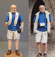 statuetta personalizzata turista con moneta riproduzioni persone orme magiche