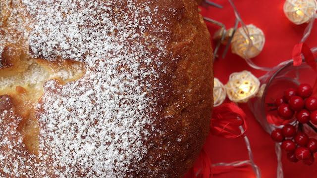 panettone italiano casero chocolate naranja esponjoso amasado panificadora levado tierno aromático agua de azahar navidad navideño horno desayuno merienda postre