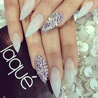 Decorar tus uñas