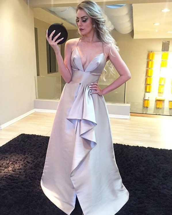 vestido de festa cinza prata chumbo