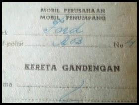 Arsip kuno. kartu pajak Mobil penumpang Kareta gandengan tahun 1965..