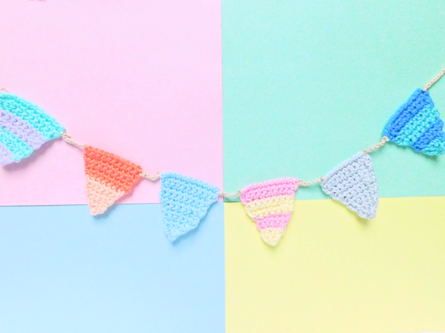 Striped Garland Crochet Pattern