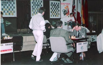 Partida de ajedrez Epishin - Ehlvest