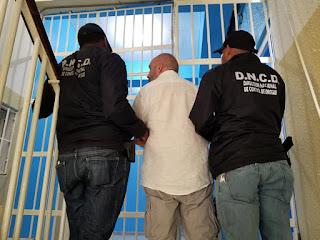 Un ciudadano de nacionalidad francesa fue capturado por las autoridades dominicanas en un municipio de la provincia Puerto Plata, por acusaciones de blanqueo de capitales, asociación de malhechores, usurpación y otros delitos.