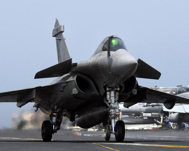 Dassault Rafale despegando