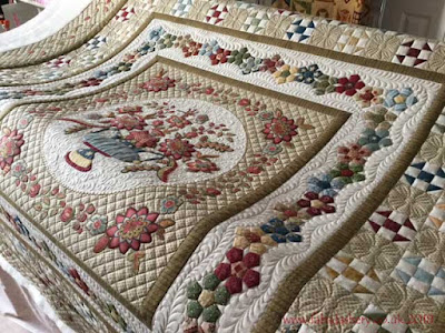 'Pendle Hill' Di Ford quilt, made by Barbara,  custom quilted by Frances Meredith