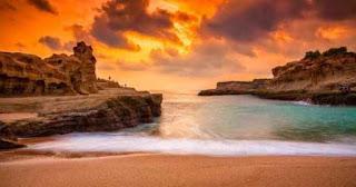 sunset pantai klayar