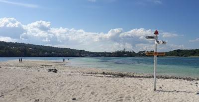 Pantai Watompi Buton