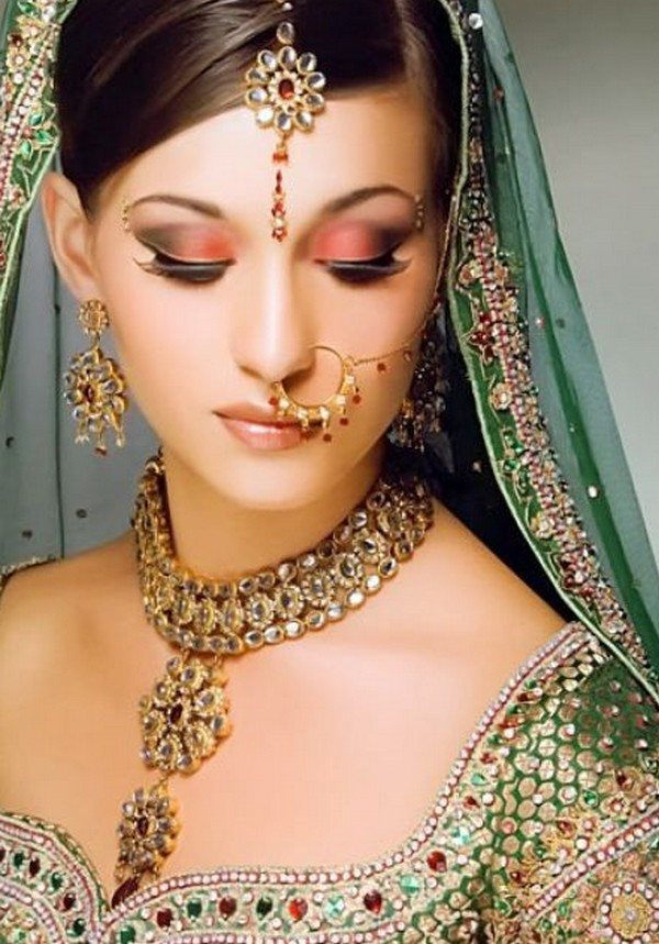 Pakistani Bridal Jewelry Collection 2011readtosee
