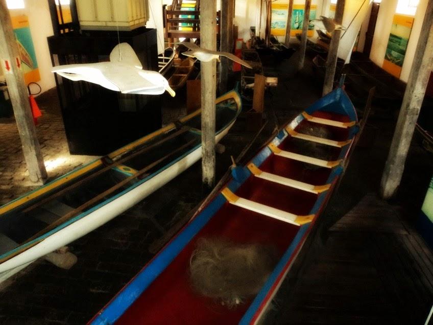 Embarcações no Museu Nacional do Mar, em São Francisco do Sul