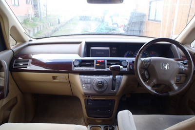 Interior Honda Elysion Prefacelift