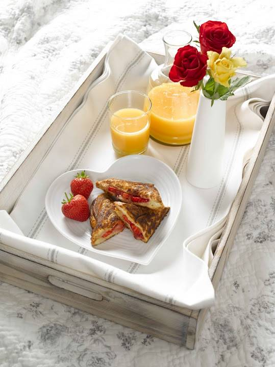 Viva Strawberry And Cinnamon Toasties: Treats