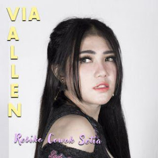 Lagu ini masih berupa single yang didistribusikan oleh label MPR Lirik Lagu Via Vallen - Resiko Cowok Setia