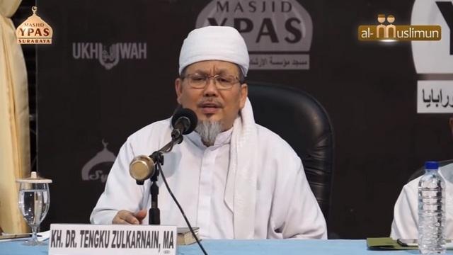 "Tashrif Lucu ala Tengku Zulkarnain 'Kafaro-Yukaffiru-Kufron"" Wkwkwkwk"