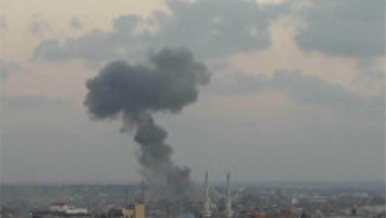 Pesawat Angkatan udara Israel menyerang ke Gaza