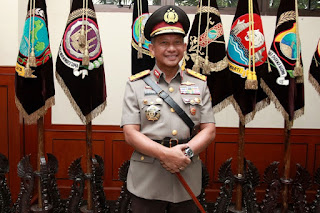 MASYA ALLAH .. Kapolri Sebut Jika Aksi Damai 212 Mirip dengan Ibadah Haji di Padang Arafah - Commando