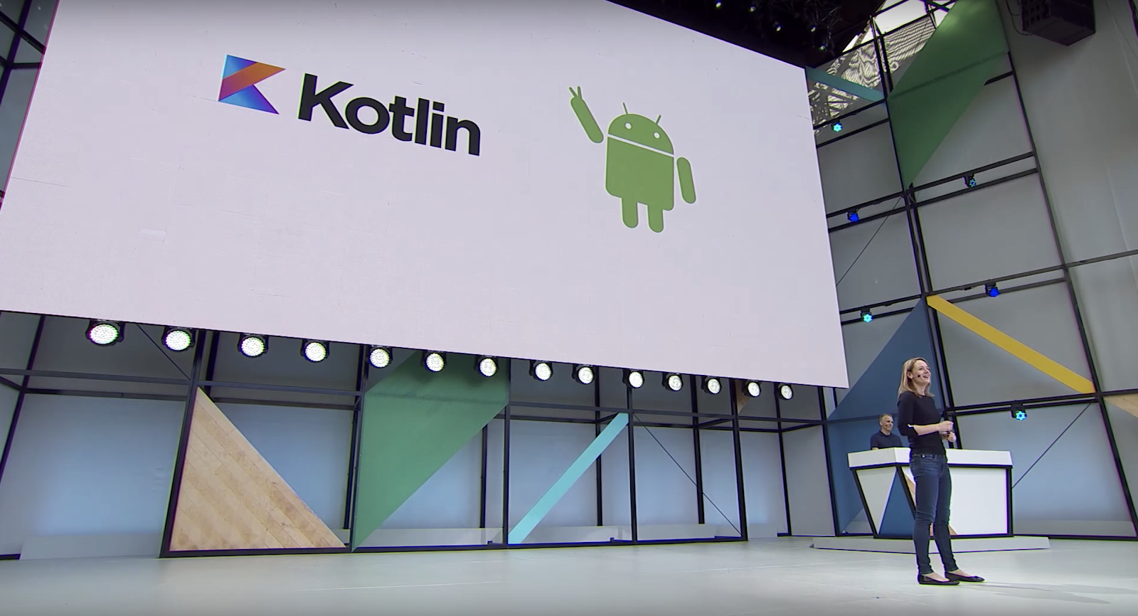 Stephanie on Stage with Kotlin on screen