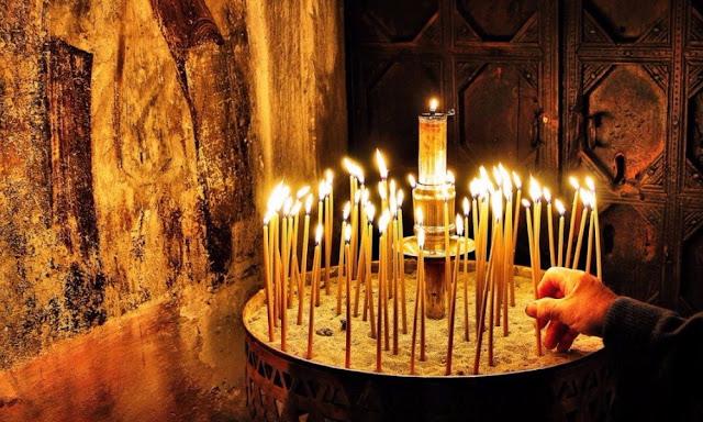 Η Ανάσταση στον Πόντο - Ρουκετοπόλεμος, πυροβολισμοί και αυγομαχίες με το «Χριστός Ανέστη!»