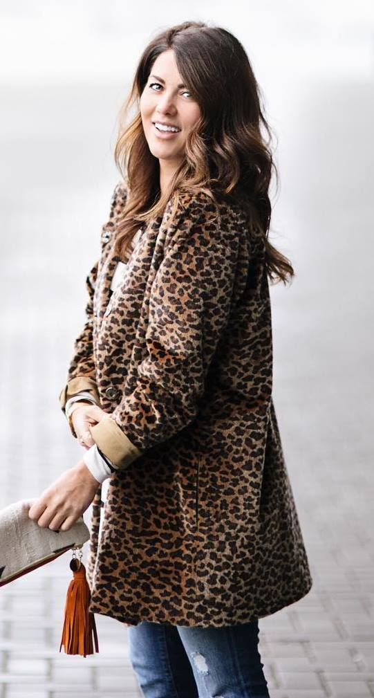 awesome fall outfit / animal printed coat + bag + jeans