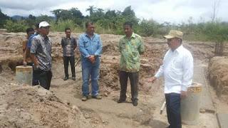 Bupati Ali Mukhni Minta Kadis PU Awasi Proyek Pembangunan