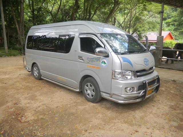 Van da empresa Somporn Tours and Trekking - Chiang Mai