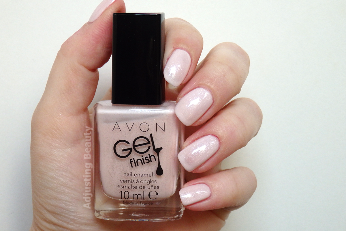 Review Avon Gel Finish Nail Enamels Sheer Nude Coral Pink Berry Lavender Adjusting Beauty