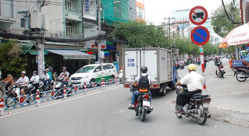 Sẽ Đề Nghị Tháo Biển Cấm Xe Tải Tại Tphcm