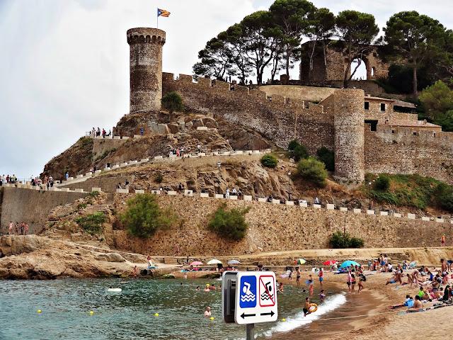 Gdzie na plażę w Katalonii? - top 3 urokliwych miejsc na Costa Brava w Hiszpanii