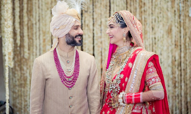 sonam kapoor and anand ahuja at their wedding ceremony